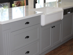 Clayfield based showroom of hamptons style kitchen with Quantum Quartz